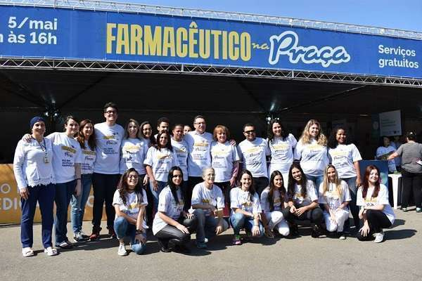 Farmacêuticos e diretoria do CRF-SP no Parque Ibirapuera