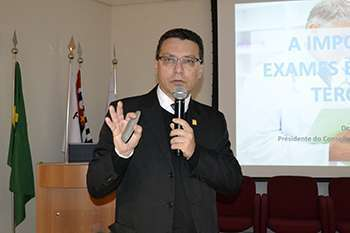 Dr. Marcos Machado, presidente do CRF-SP
